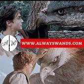#HarryPotter e #NewtScamander due maghi molto sensibili ed amanti degli animali! 😍 ➡️Le loro bacchette sono disponibili sul nostro sito a soli 15€ 😜  Cosa aspettate a prenderle? È un'offerta unica!!! 🛒🛒🛒 ➡️ www.alwayswands.com  #hogwarts #wand #bacchettemagiche @alwayswands