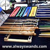 ✨⚡ Bacchette personalizzate per tutti voi maghi e streghe 🧙🏻♂️🧙🏻♀️ ⚡✨ ➡️ Comprale subito su: www.alwayswands.com  #harrypotter #bacchettemagiche #wand #handmade #madeinitaly #grifondoro #serpeverde #corvonero #tassorosso