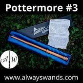 ▶️ bacchetta Pottermore modello 3 ⚡  In finissimo legno Doussie 🌳 Dimensioni: 14 pollici e 1/2 ✨ nucleo in crine di unicorno 🦄 ➡️ Compra subito la tua bacchetta Pottermore: https://alwayswands.com/bacchette/44-534-pottermore-series.html#/137-casata-grifondoro/150-incisione-nessuna  #harrypotter #bacchettemagiche #wood #handmade #madeinitaly #grifondoro #serpeverde #corvonero #tassorosso